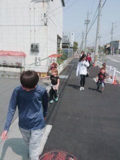 三滝通りの桜まつりへ